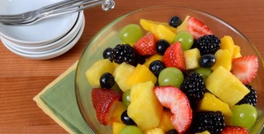 سالاد میوه با سس عسل و مرکبات