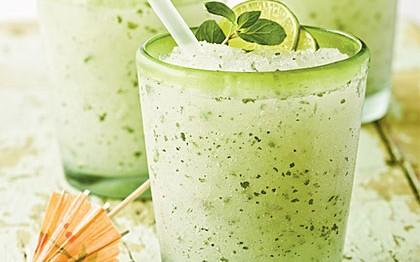 http://mavadelazem.com/wp-content/uploads/2014/03/minty-lime-frozen-mojito-cl-x-420x262.jpg