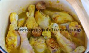 پختن مرغ ها با آب و لیمو به مدت نیم ساعت