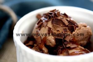طرز تهیه بستنی شکلاتی
