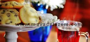 شیرینی کشمشی خانگی را با چای به عنوان عصرانه میل نمایید