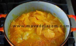 نارنگی فقط باید 15 دقیقه بپزد و بعد خورشت آماده است