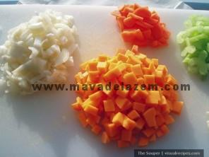 onions-butternut-squash-carrots-celery.jpg11